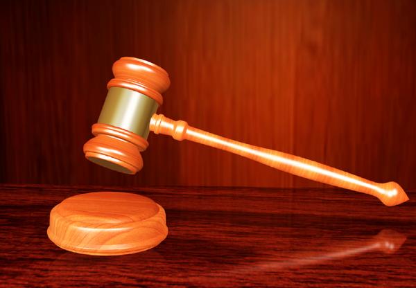 Суд заставил жителя Ростова вывести татуировку в виде свастики