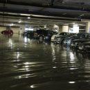 В Котельниках фекалиями затопило паркинг