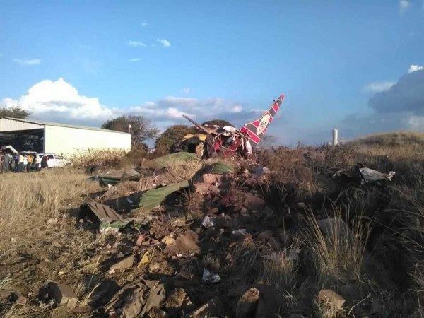 Пассажир снял крушение самолета в ЮАР изнутри
