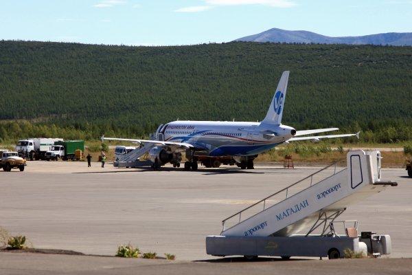 Самолет в Магадане не сумел приземлиться в аэропорту