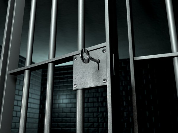 Заключенного Макарова избивали в двух колониях страны
