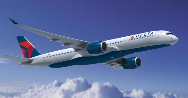Девушка подверглась сексуальному насилию во время полёта на самолёте