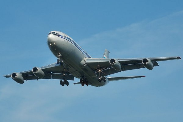 «Тихие небеса»: Власти США годами тайно следят за поведением пассажиров в самолетах