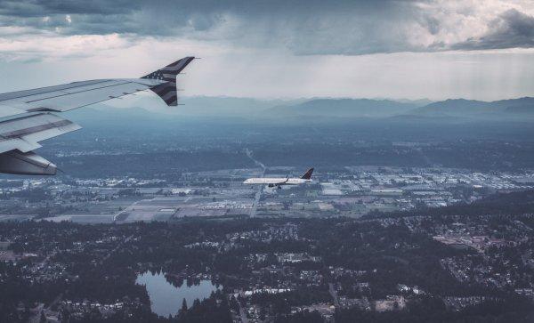 Российский самолёт едва не столкнулся с «самолётом-призраком» над Чёрным морем
