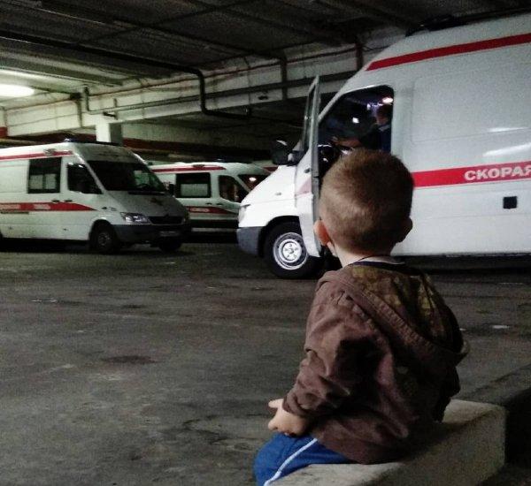 В Белоруссии опрокинулся автобус с туристами из России
