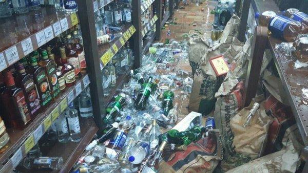 В Челябинской области пьяный мужчина устроил погром в алкомаркете на полмиллиона рублей
