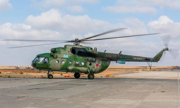 Спасатели отправились к месту жесткой посадки Ми-8 с альпинистами в Таджикистане