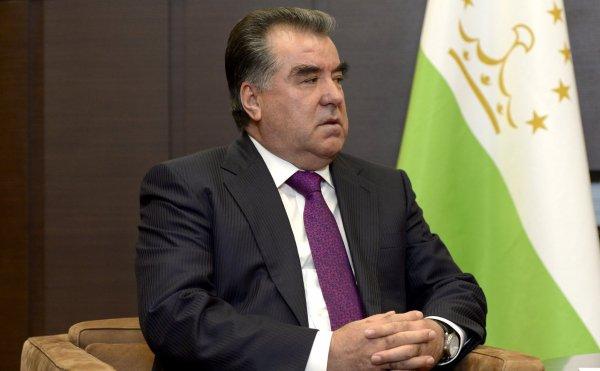 Президент Таджикистана взял ситуацию с пропавшими альпинистами под личный контроль
