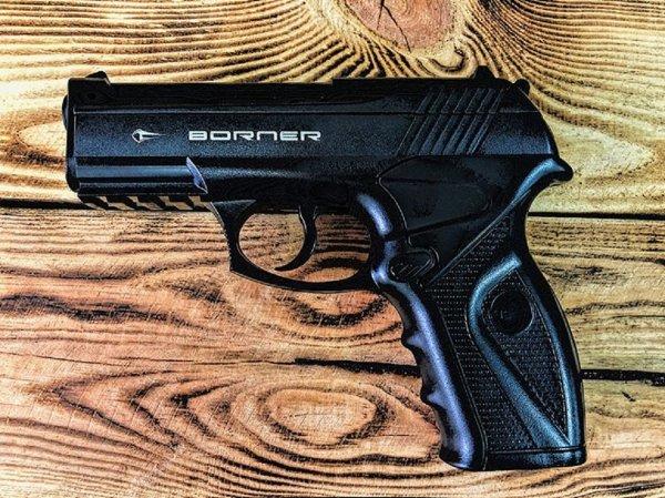 Опасные сексуальные игры: Москвич выстрелил девушке в грудь во время интимной близости