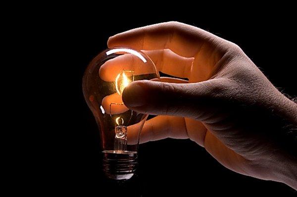 Треть Евпатории осталась без электричества из-за аварии