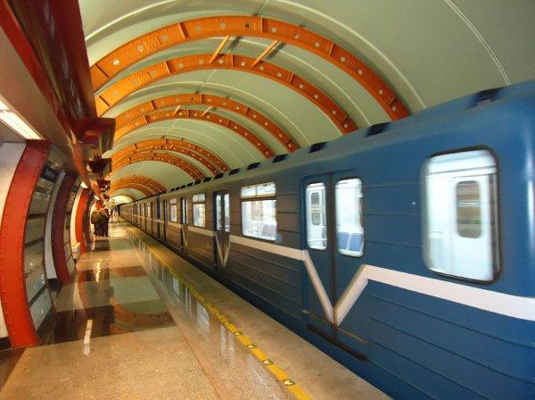 ФСБ нагрянули с внезапными обысками в метро Санкт-Петербурга
