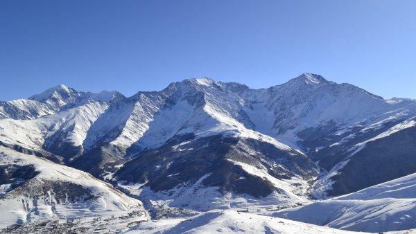 Спасатели нашли тела исчезнувших в горах Северной Осетии альпинистов