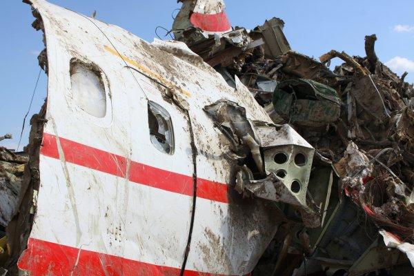СКР заявил, что на борту лайнера Качиньского взрыва не было