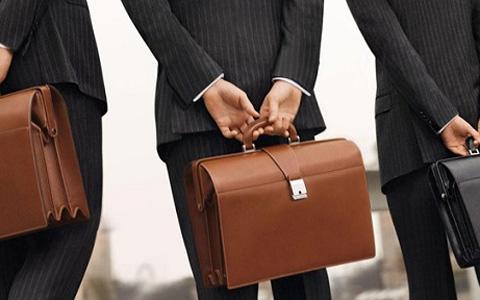 Покупка качественного мужского портфеля
