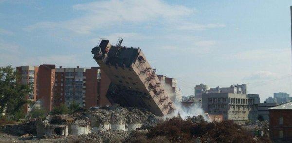 Жители Челябинской области показали на видео разрушенные дома после землетрясения