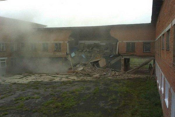 Сильное обрушение произошло в школе в Иркутской области