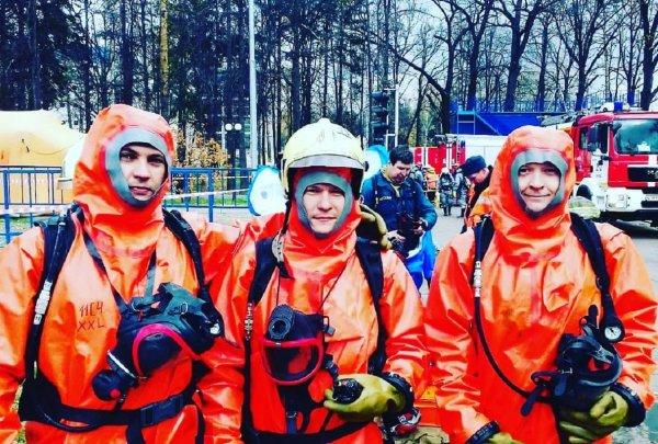 Сотрудники МЧС справились с огнем в гостинице «Останкино» на севере Москвы