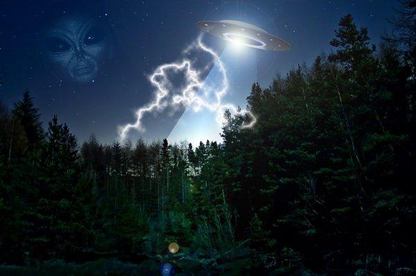 НЛО или ракета: Светящийся объект замечен в Челябинске