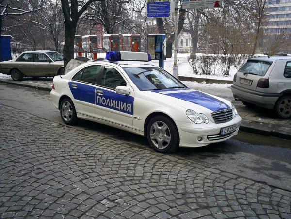 На Алтае пьяный депутат после вечеринки избил двух женщин и подростка