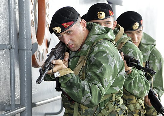 «Попали под собственный огонь»: в Приморье матросы-срочники попали под обстрел артиллерии
