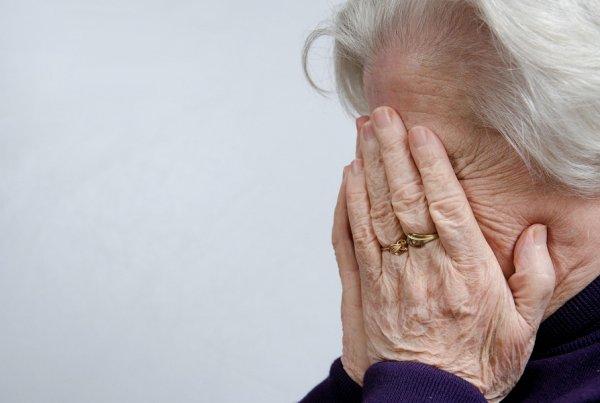 «Нечего смертью торговать!»: Жители Оренбурга осудили пенсионерку-барыгу