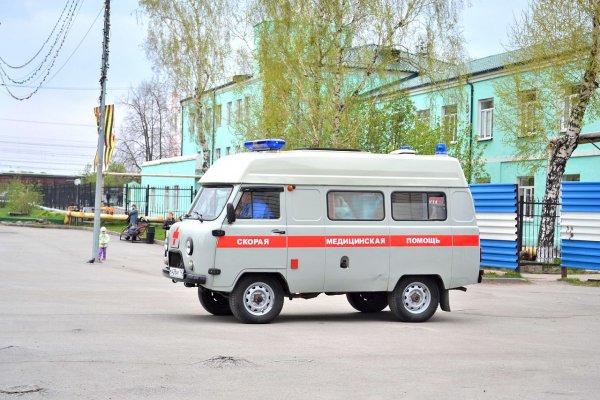 Пациент с ножом угнал машину скорой в Новосибирске